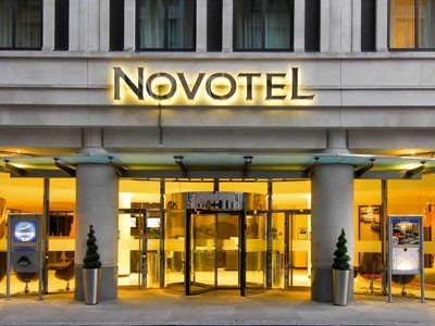 Uk hotels and hotel chains on best workplace list for List of independent hotels
