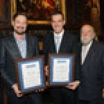 Jason Wright and Paul Taylor received their awards from Nick Scade, AFWS chairman; AFWS president Roy Ackerman and AFWS vice chairman Paul Breach
