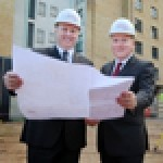 (L-R): Jurys Inn's chief executive John Brennan and Thomas Doyle, general manager of Jurys Inn Islington